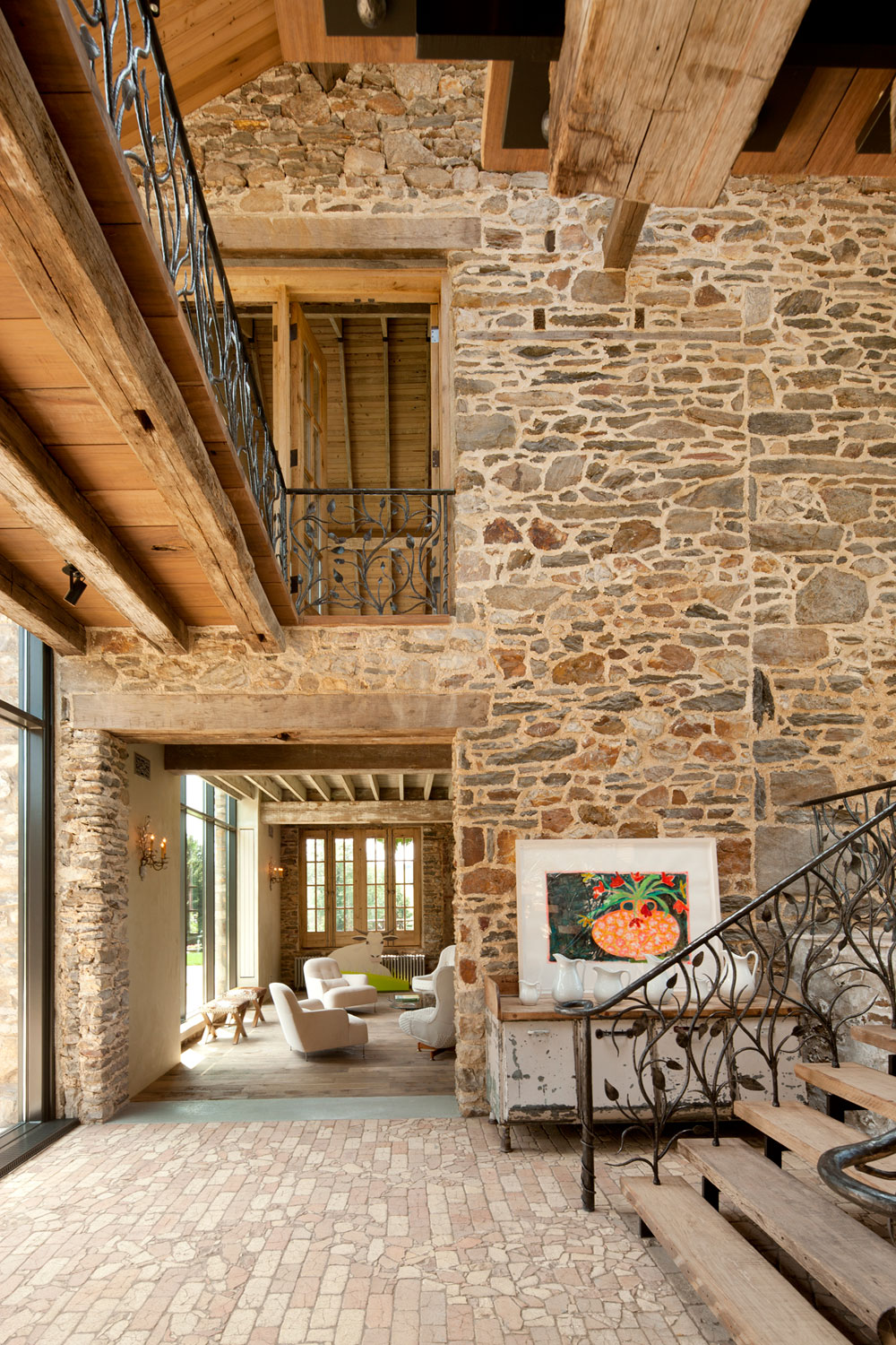 Rural renovation 18th century private estate gets a for Renovation maison