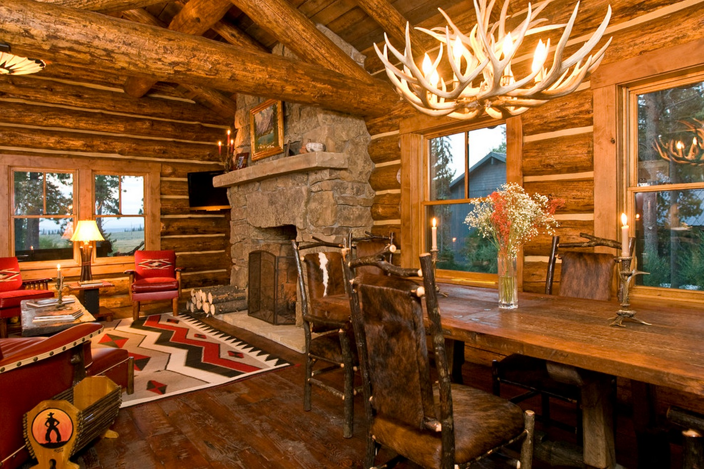 Rustic Log Home Decor: Cute & Cosy Cabin: Beautifully Warm Home Has Traditional