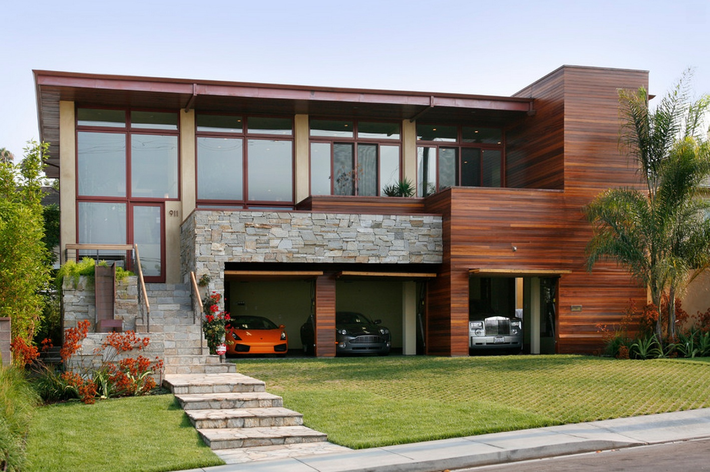 Delicately masculine beautiful house is masculine in for Modern wood house