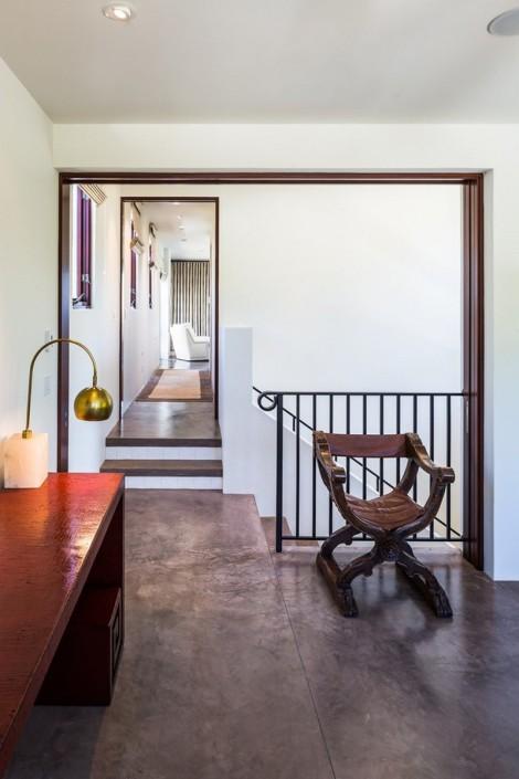 interiaor of beach residence
