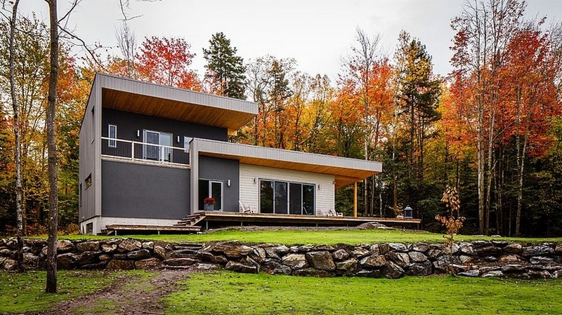 modern canadian home in fall